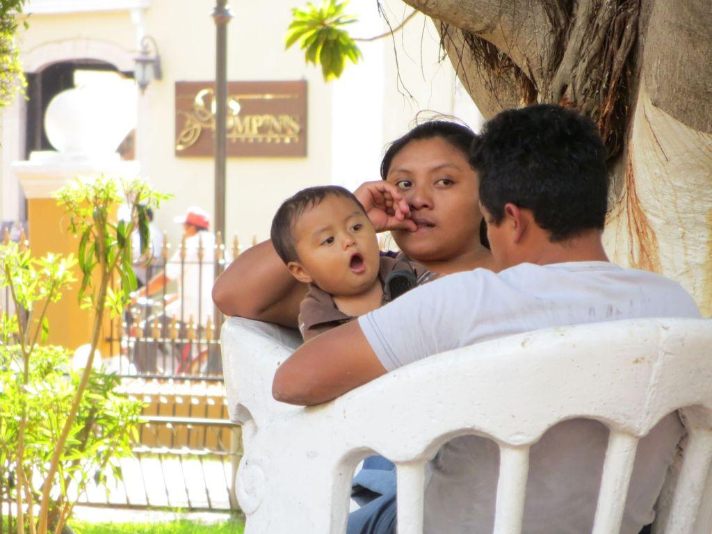 025-10 Junge Familie