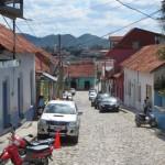 Eine der Straßen auf Flores