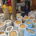 Markt Chichi - Maisverkauf