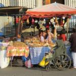 Wochenend-Markt vor der Kathedrale