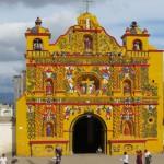 Die schöne Kirche von San Andres Xecul