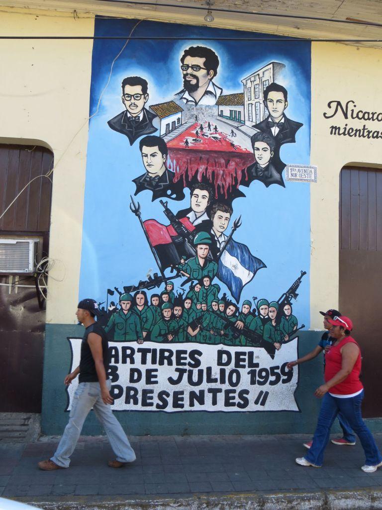 035-03 Leon - Revolutionsgemälde