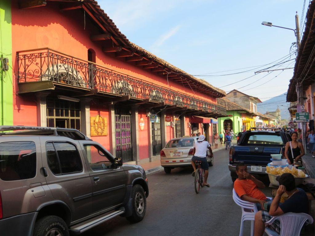 035-09 Granada - Eine der Hauptstraßen