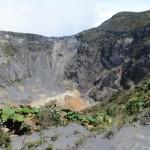 Blick in den Hauptkrater des Volcano Irazu