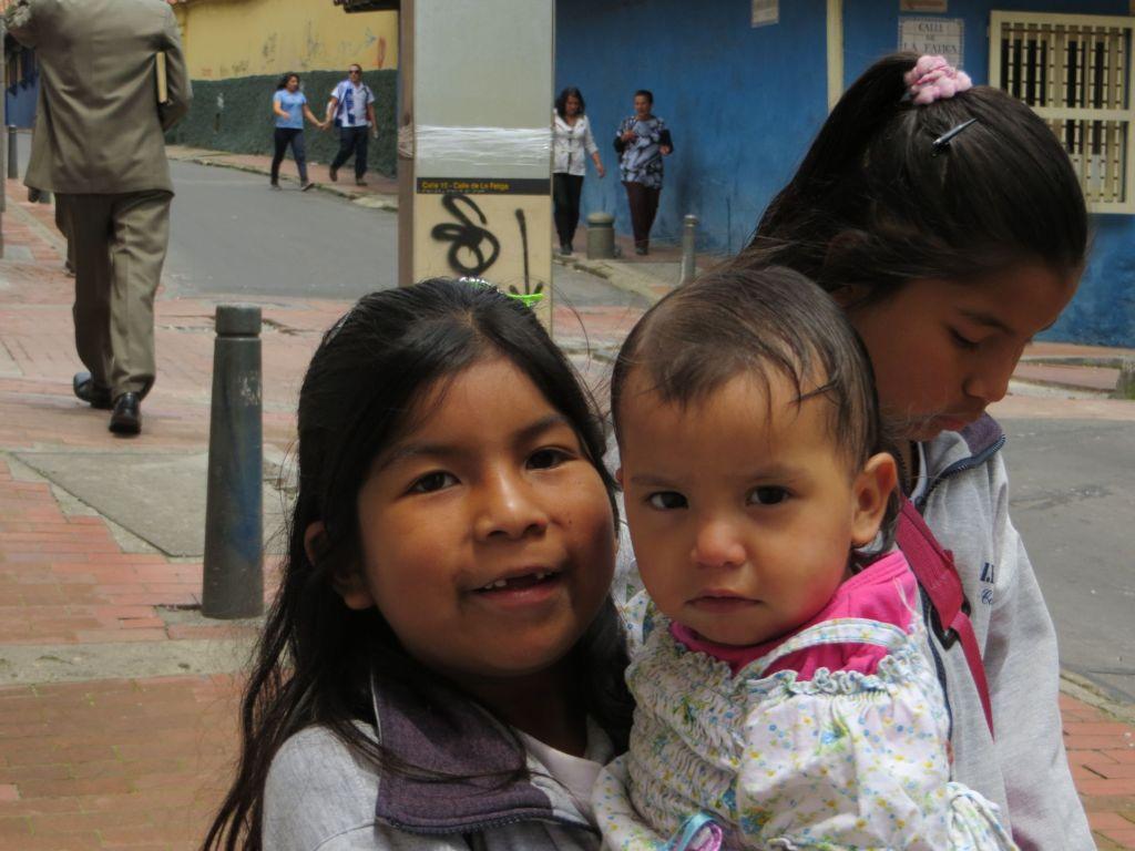 038-32 Bogota - Kinder haben Kinder