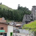 Ausflug in die Umgebung von Medellin - die in Fels gehauene Kirche von Penol