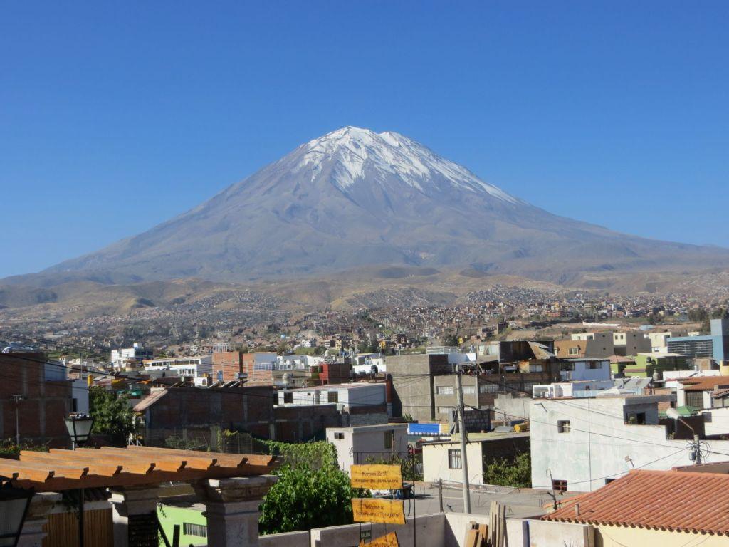 039-02 Arequipa und sein Hausvulkan
