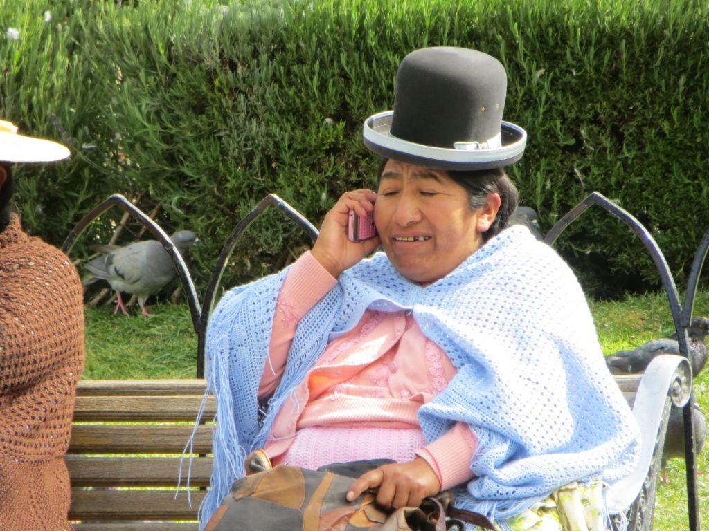 039-10 Ohne Mobiltelefon läuft auch in Bolivien nichts