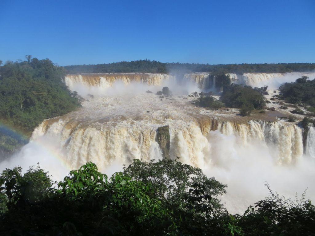 040-01 Ein kleiner Teil der Fälle von Brasilien aus
