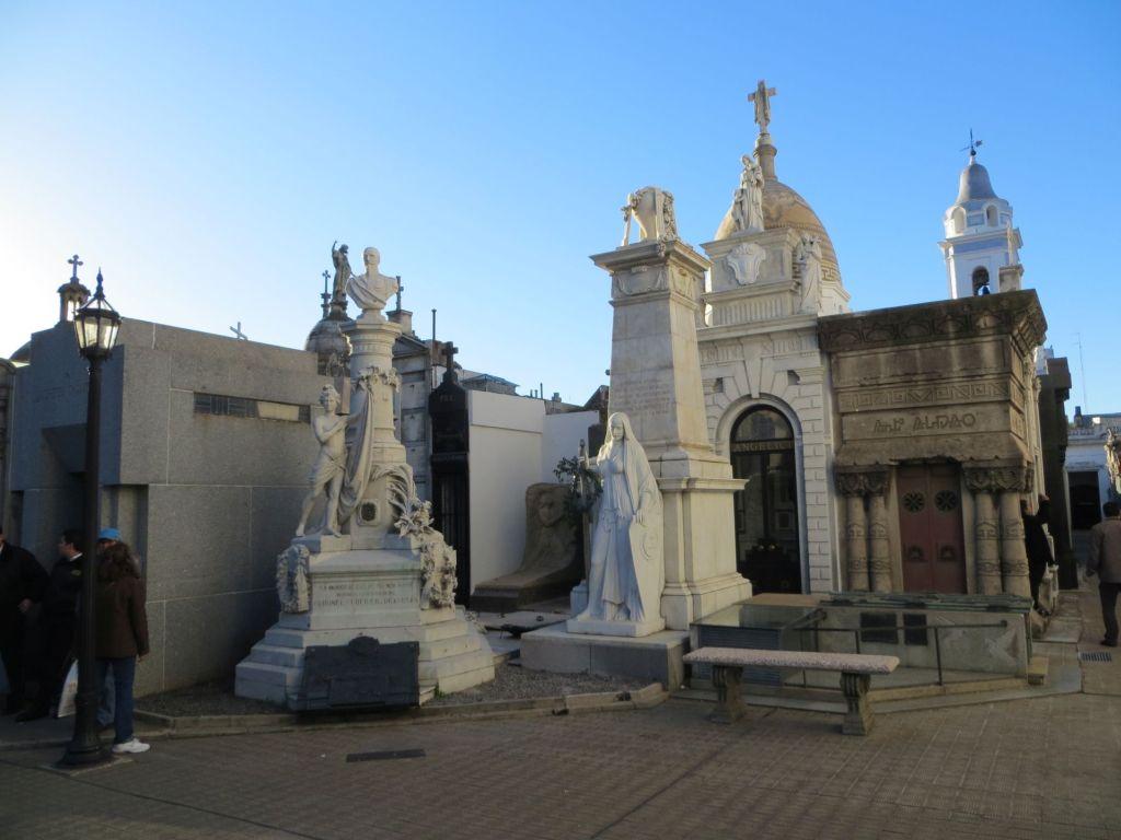 040-11 BAires - Friedhof